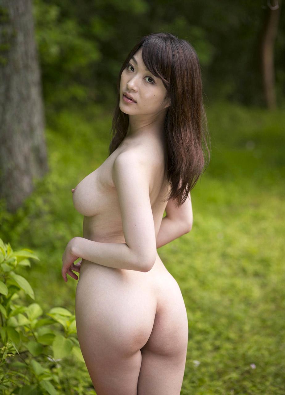 Фото голая жопа азиаток