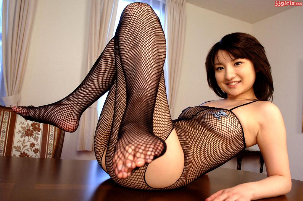JapaneseThumbs AV Idol Akiko Aimoto 相本あき子 Photo Gallery 11