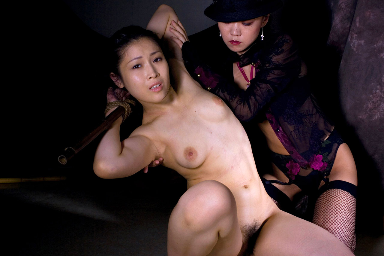 Asian rope bondage and spread fingering 9