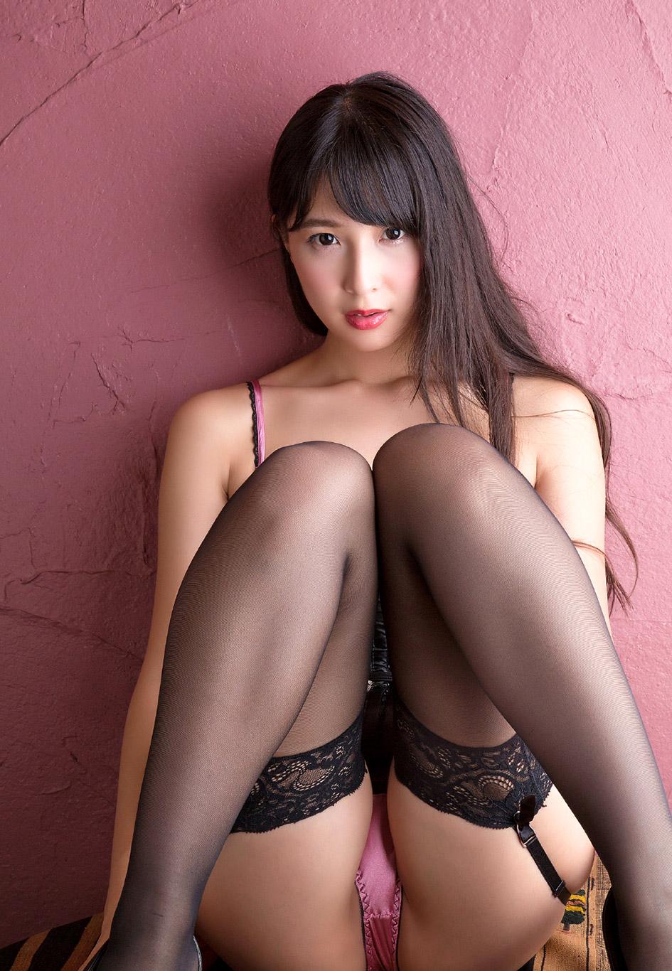 Hitomi Tanaka 田中瞳 Photo Tube Gallery Page 1  JJGirls AV Girls