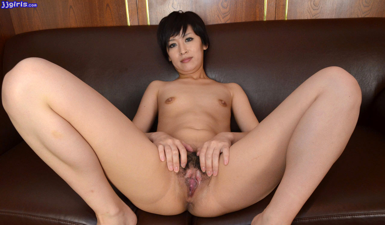 Amateur cute girl japanese is fucked 2
