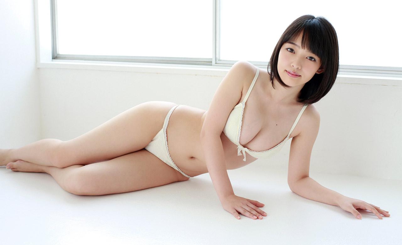 American idol naked amanda