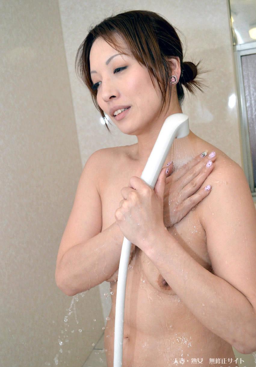 人妻斬り 杉田朋恵