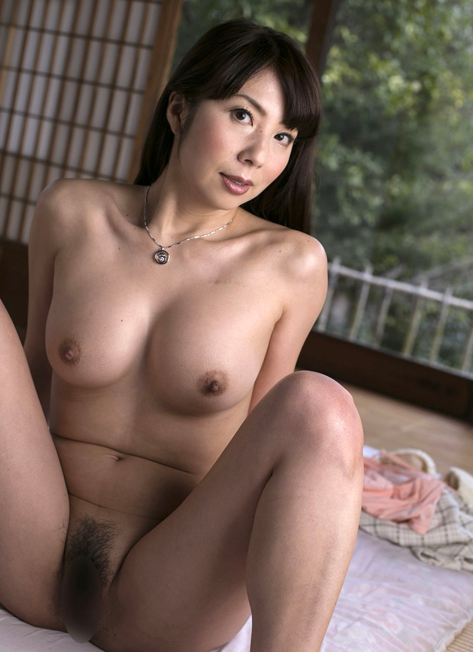 Aiko nagai with big assets sucks boner until gets cum in mou - 5 1