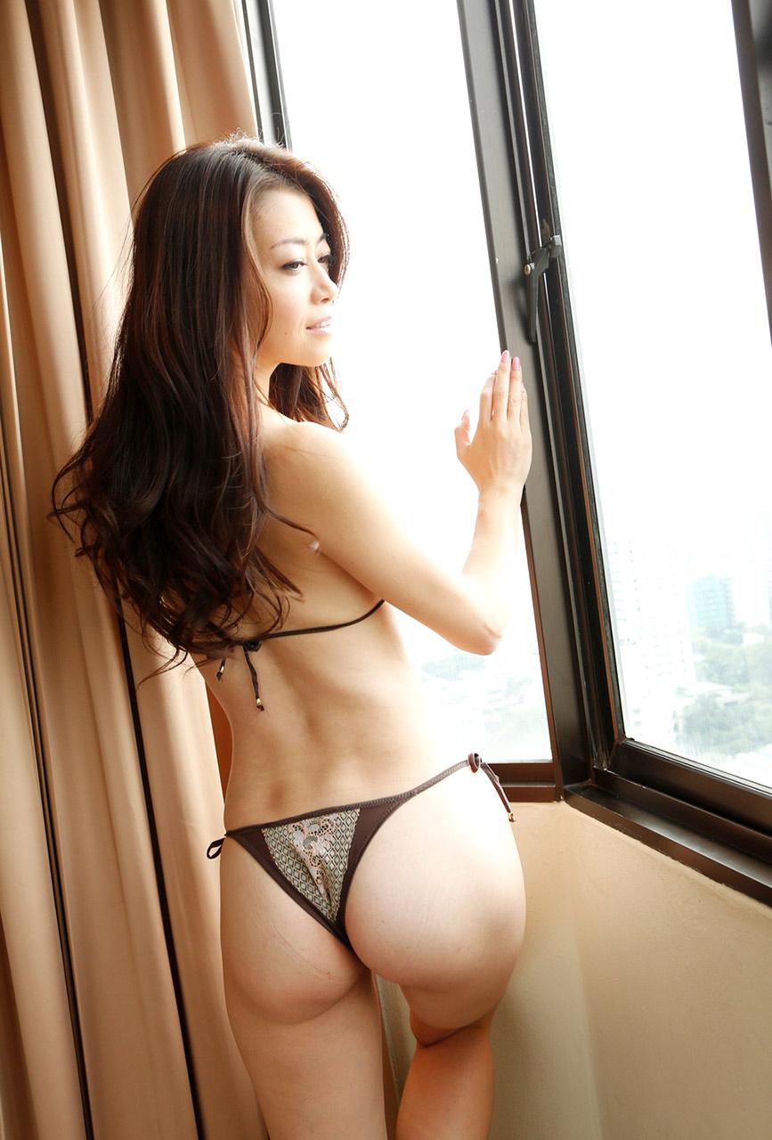 Ria sakurai asian model gets a hard fuck