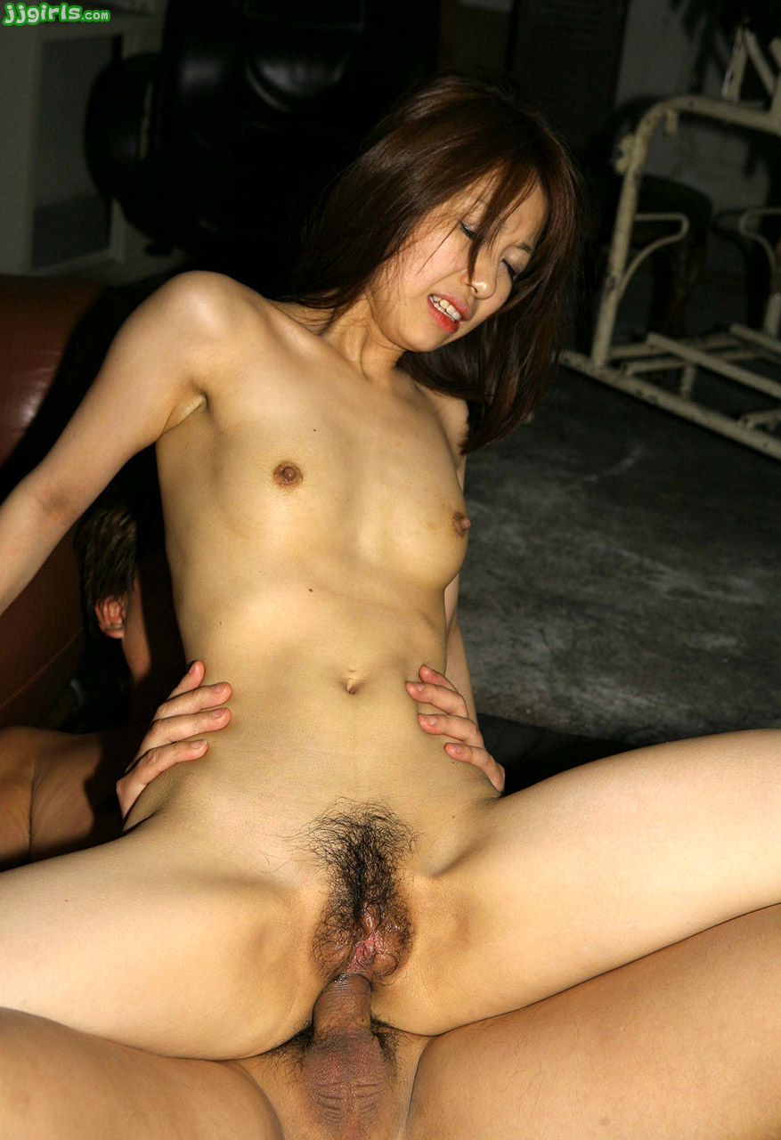 Jav idol sakura uncensored scene fucks on the floor 4