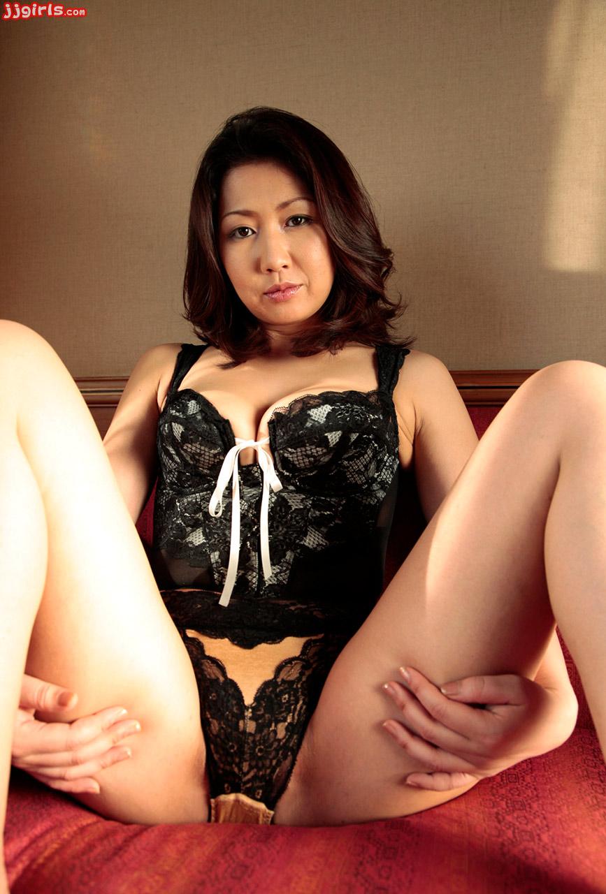 image Aya sakuraba is a kinky model